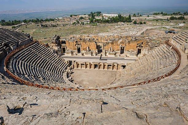 Античный театр Иерополиса
