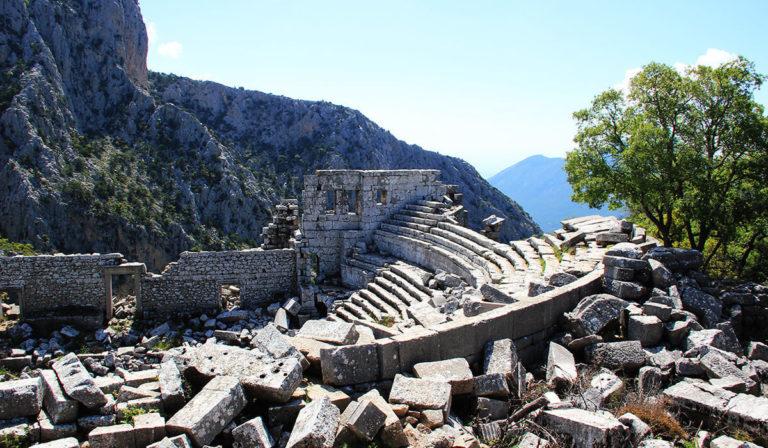 Экскурсия в Термессос
