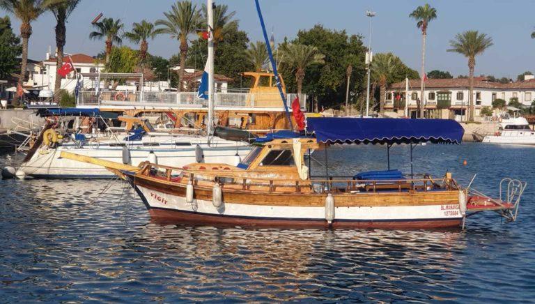 Яхта в Сиде