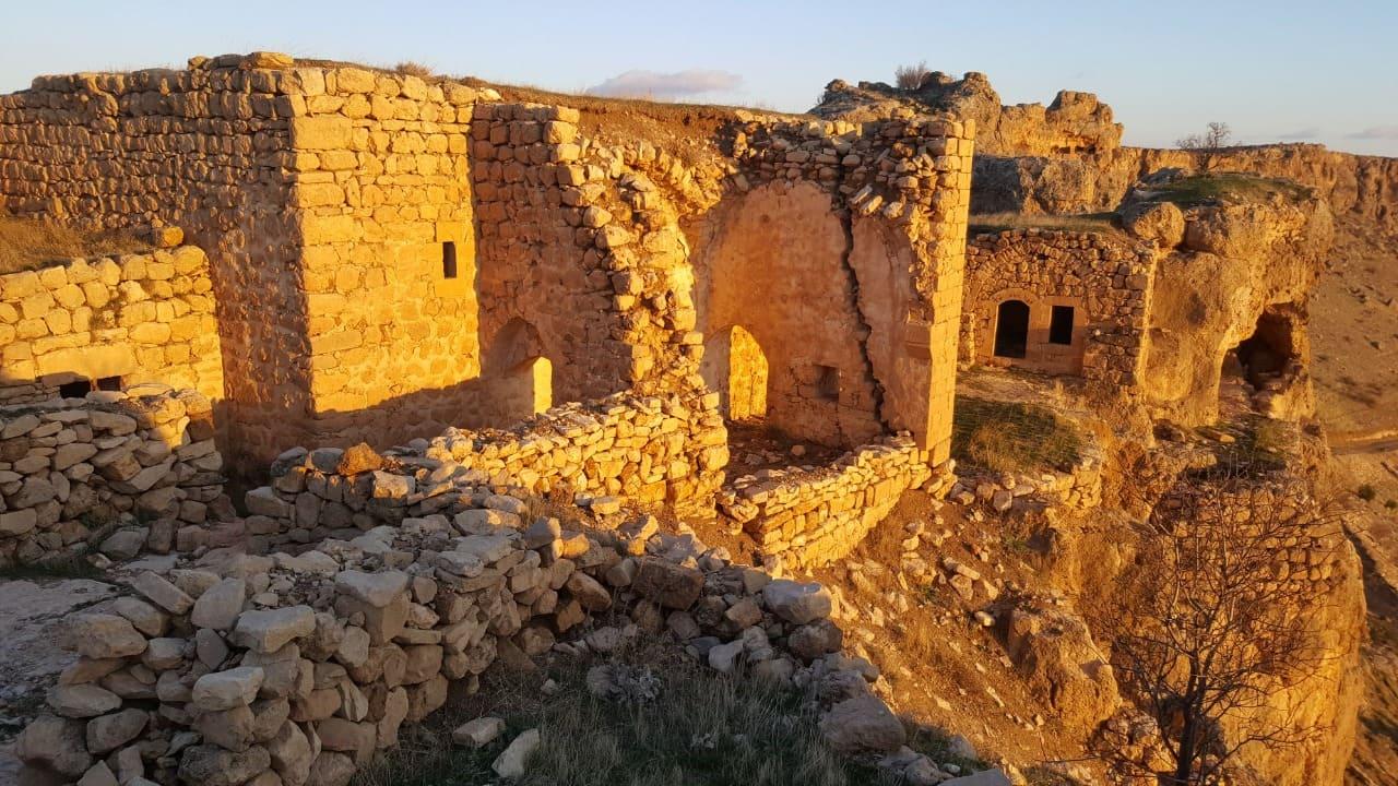 Мардин пещерные монастыри