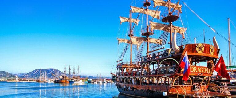 Пиратская яхта в Кемере