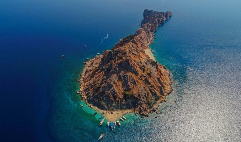 Остров Сулуада