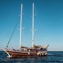 Снять яхту в Анталии